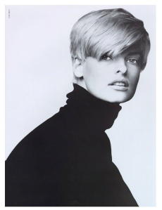 Timeless Linda Evangelista In The Classic Black Turtleneck
