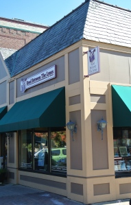 Read Between The Lynes Bookstore, Woodstock, Illinois
