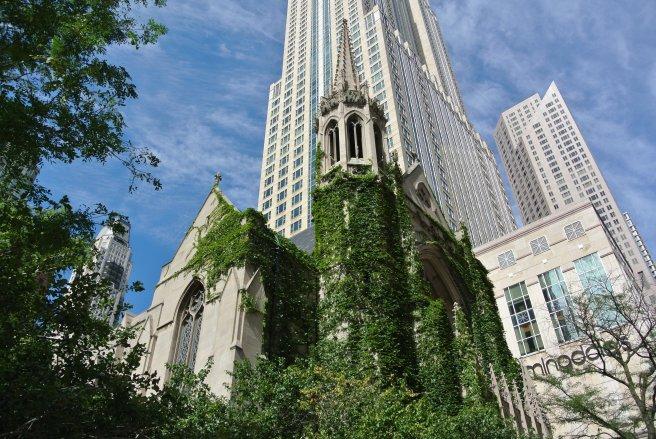 Architectural Distinction Off Chicago's Michigan Avenue