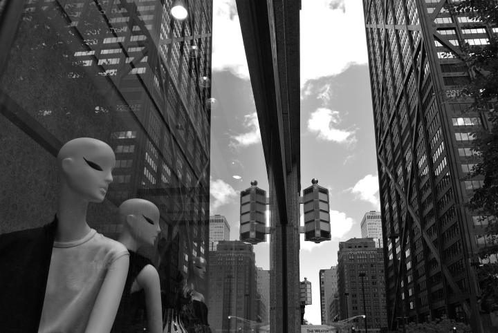 Fashionable Windows & The City Scene:  Max Mara/Chicago