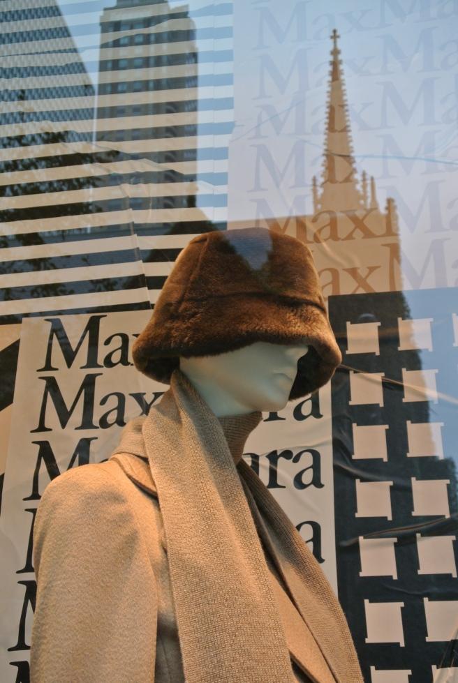 Max Mara: October 2016